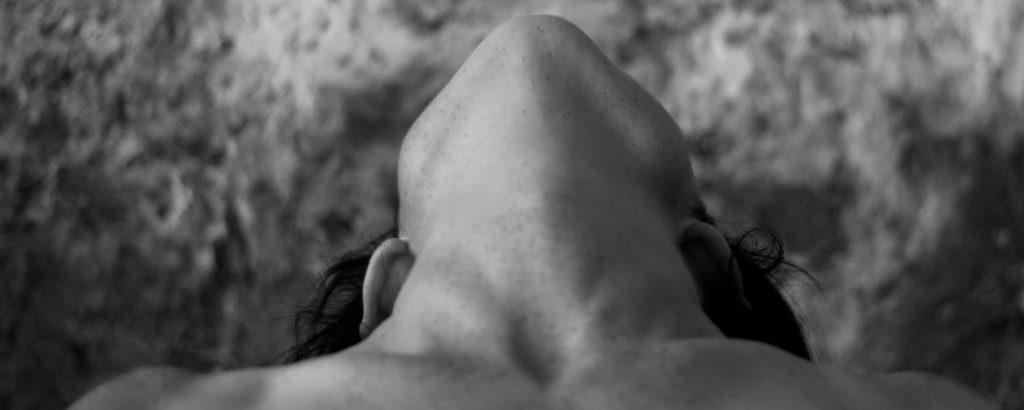 Rejuvenecimiento de cuello en Puerto Banús